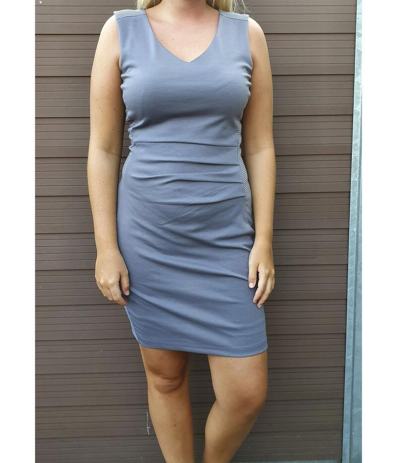 KAFFE SARA DRESS I STONE GRAY