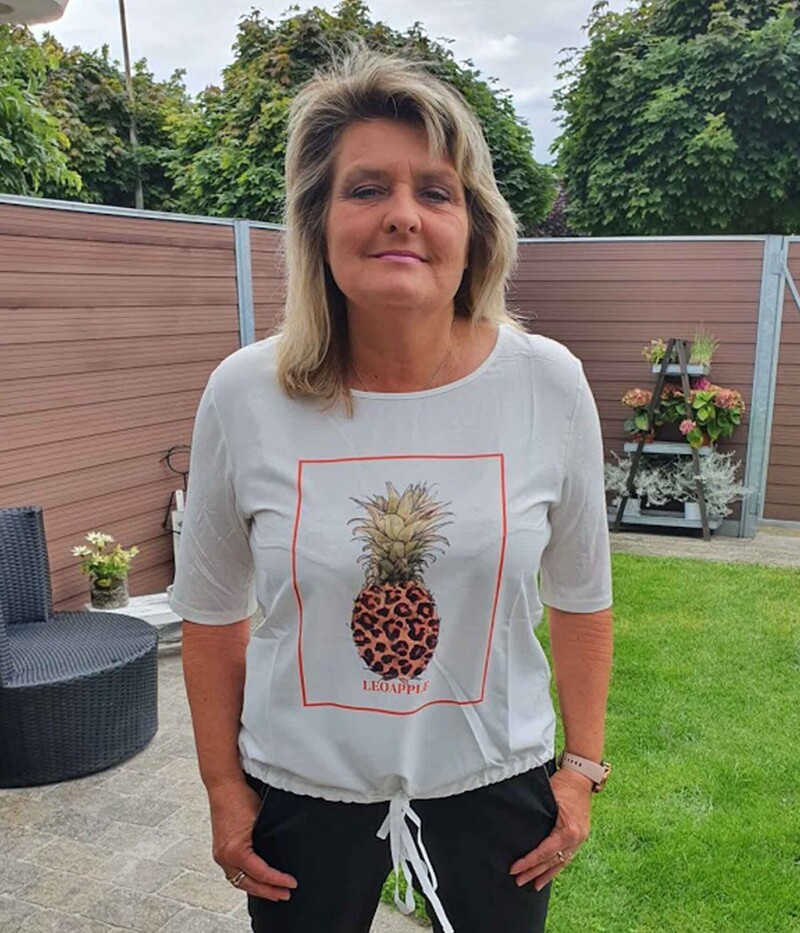 ONE-TWO ADRIANNA T-SHIRT MED ANANAS